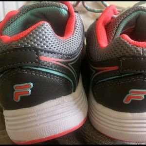 Shoes - Fila Sneakers